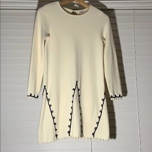 Hanna Andersson cream sweater dress w black piping